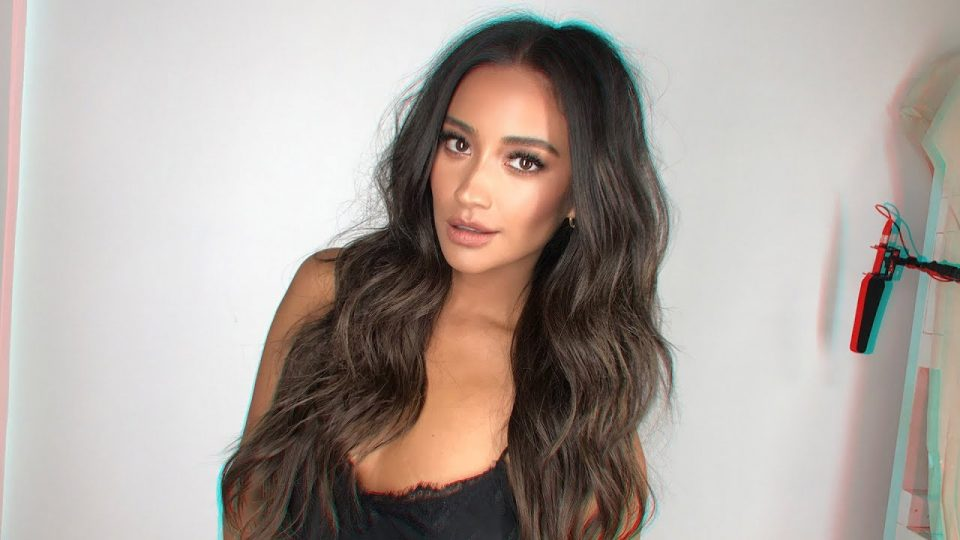 Shay Mitchell Spills on Missing Her 'PLL' Family 1 Year After Show's End