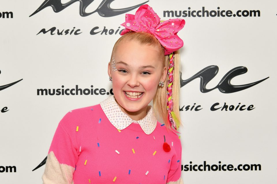 JoJo Siwa Reveals the One Celebrity She's Dying to Meet at the KCAs