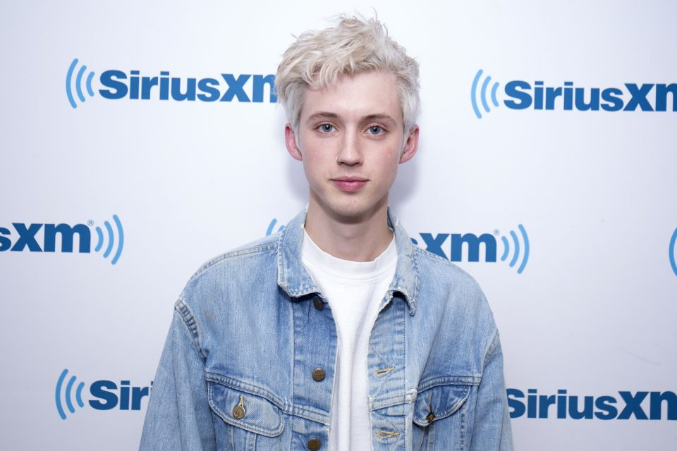 Troye Sivan Announces New Song Featuring Ariana Grande