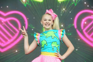 JoJo Siwa Announces 'High Top Sneakers' Music Video at Nickelodeon Slime Fest 2018