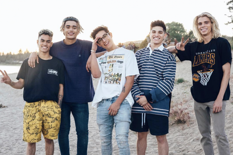 PRETTYMUCH Drops Upbeat New Track 'Real Friends'