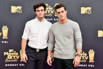WATCH: The Dolan Twins Spend 24 Hours Handcuffed Together
