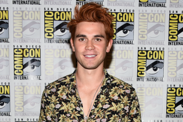 KJ Apa Dishes On Archie's Emotional 'Riverdale' Exit