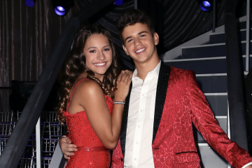 Mackenzie Ziegler And The 'Dancing With The Stars: Juniors' Cast Transforms Into Classic Characters For Disney Night