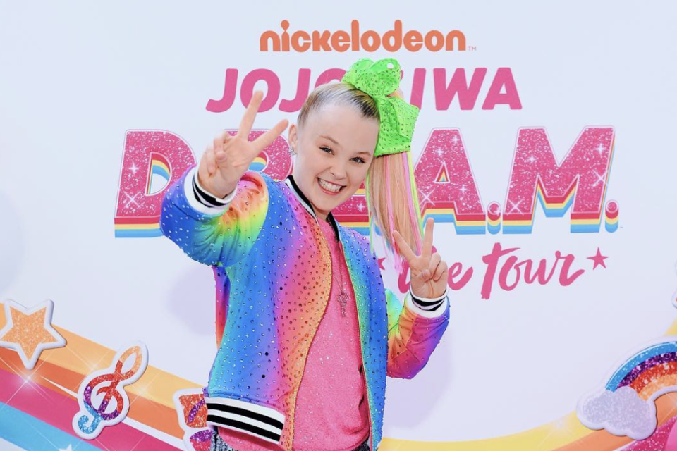 JoJo Siwa Drops Colorful 'My Story' Music Video
