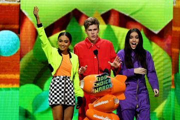 'Riverdale,' Noah Centineo and JoJo Siwa Snag Kids' Choice Awards: See the Full List of 2019 Winners