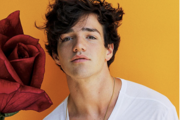 Aaron Carpenter Signs Major Deal with Capitol Records
