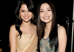 Selena Gomez & Miranda Cosgrove PARTY IT UP In Hollywood!