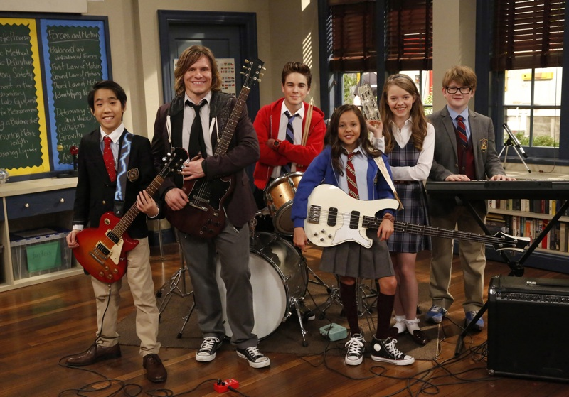 "EXCLUSIVE! Your First Look At ""School of Rock""!"