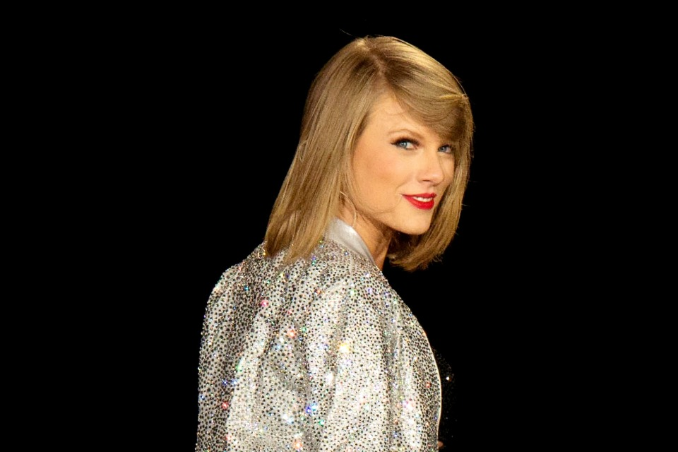 Astonishing Which Taylor Swift Hairstyle Should You Rock Tigerbeat Natural Hairstyles Runnerswayorg