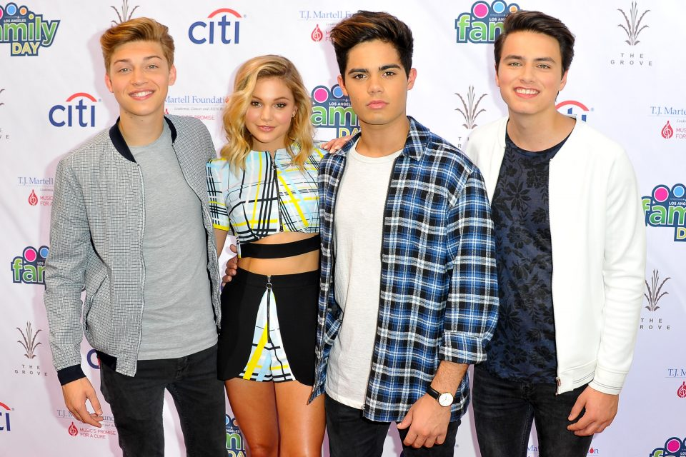 5 Reasons Olivia Holt and Forever In Your Mind Need to go on Tour Together Again