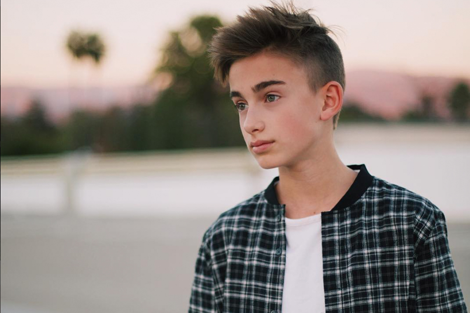Johnny Orlando is Named Singer Of The Year by Musical.ly!