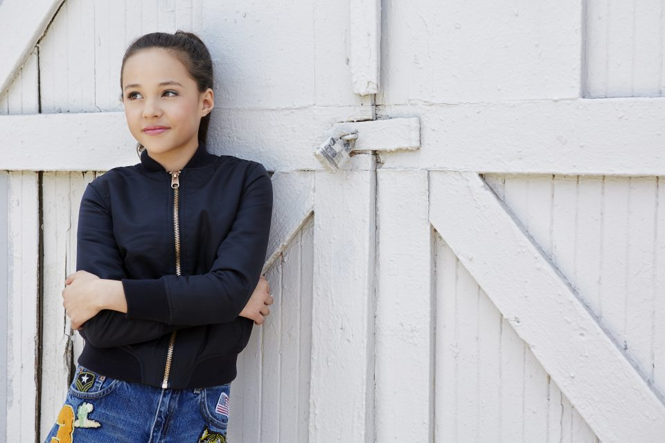 Breanna Yde Reveals Secrets from the 'School of Rock Set!'