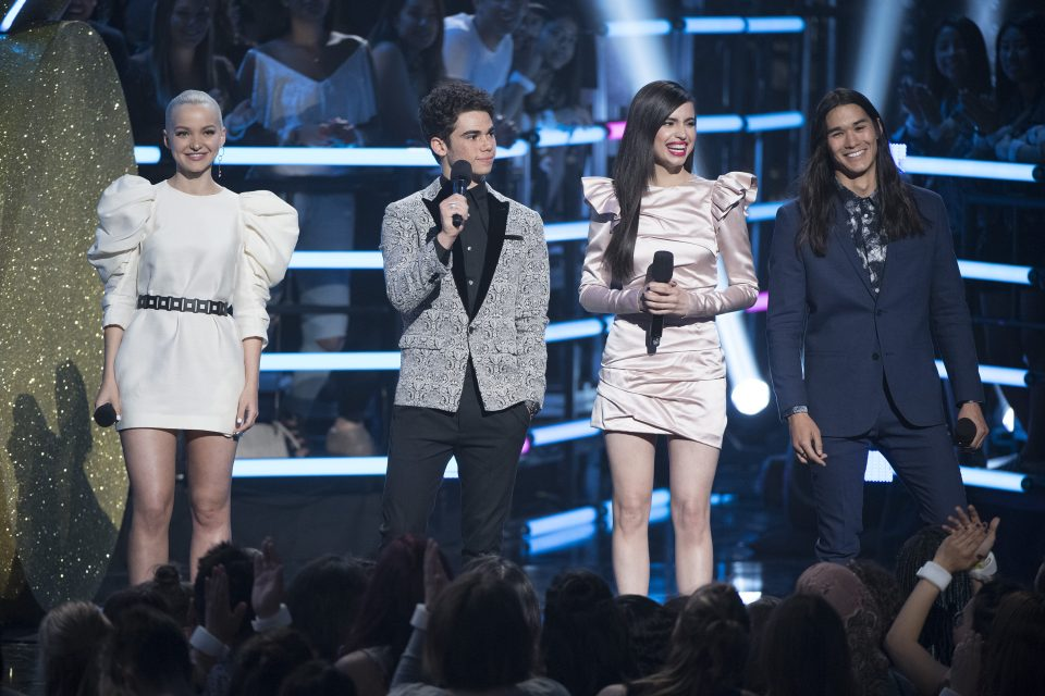 The Descendants 2 Cast Performs On Dancing With The Stars Tigerbeat