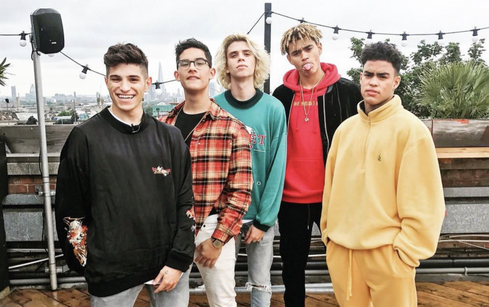 PRETTYMUCH Hangs Out Backstage With Noah Cyrus