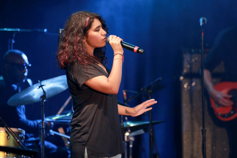 Alessia Cara Reacts To Fan Covers On YouTube