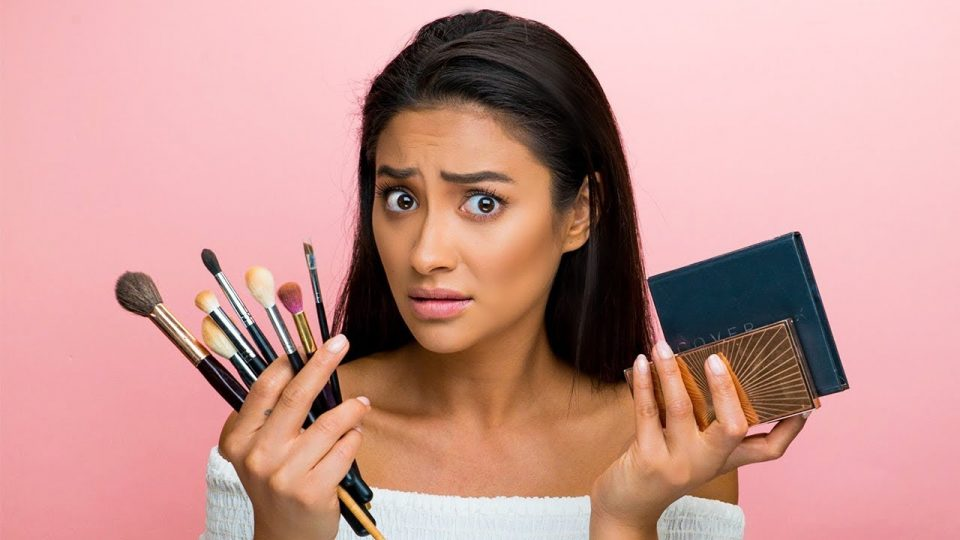 Quiz: Pick a Makeup Look and We'll Tell You What to Be for Halloween