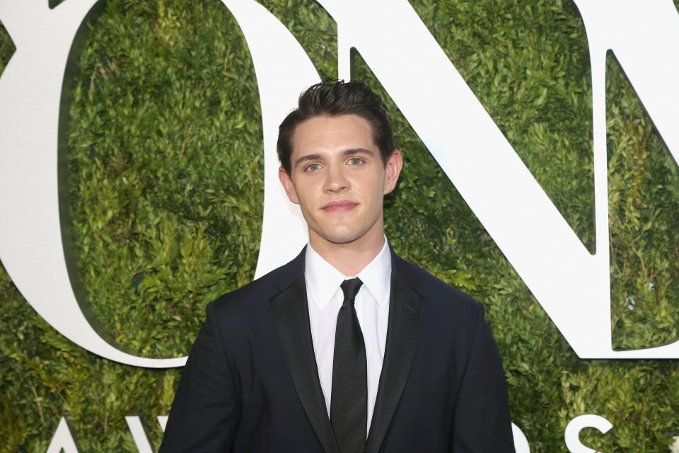 Casey Cott Opens Up About His Character's Relationships In 'Riverdale' Season 3