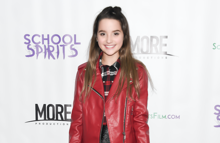 Annie LeBlanc Premieres 'Ordinary Girl' Music Video