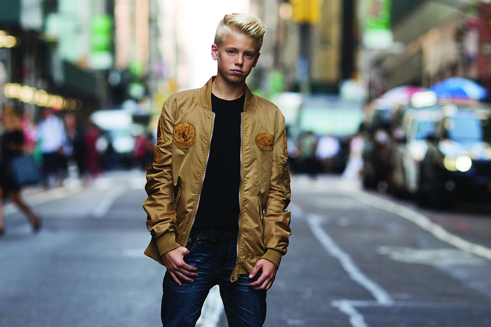 """Carson Lueders Debuts """"You're The Reason"""" Music Video"""