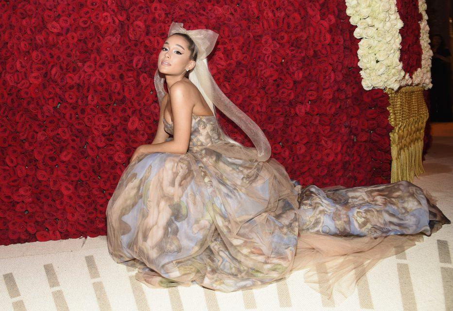 Ariana Grande's 'Sweetener' Has Record Breaking Opening Day