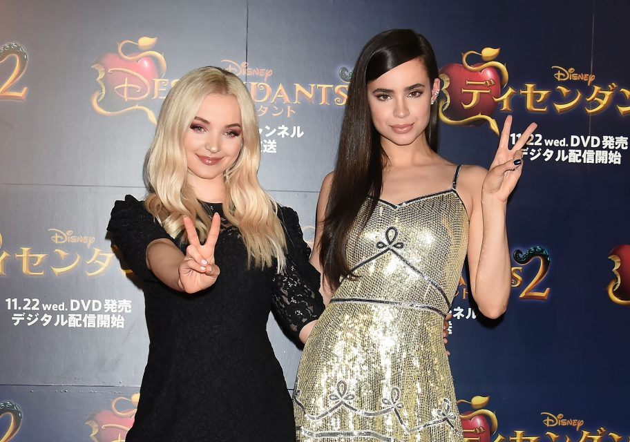 Dove Cameron and Sofia Carson Gush About the 'Descendants 3' Cast