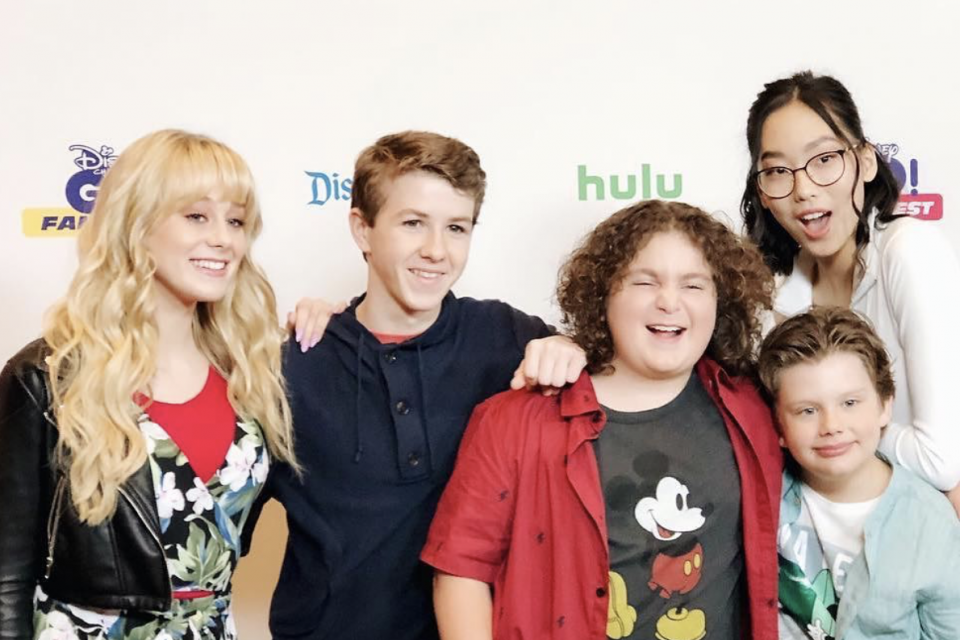 WATCH: The Cast of 'Bizaardvark' Takes Fans On A Tour Of The Set