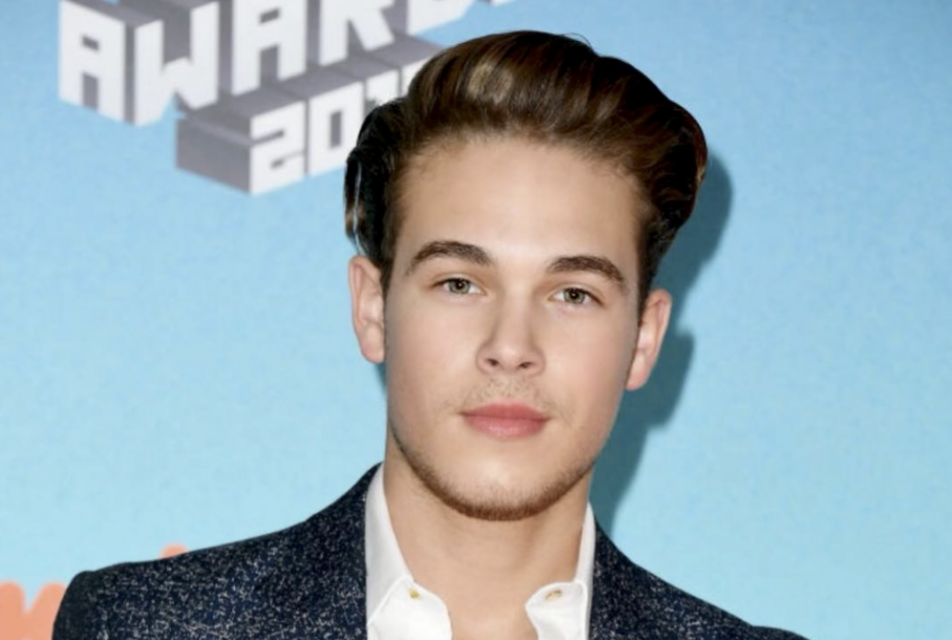 EXCLUSIVE: Ricardo Hurtado Reveals The Deeper Meaning Behind Netflix's Upcoming Movie 'Malibu Rescue'
