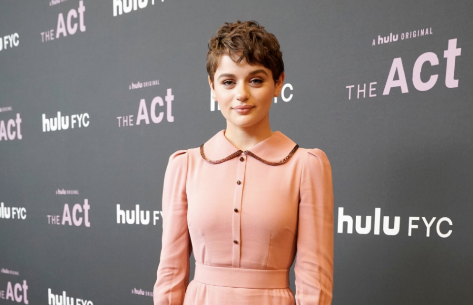 Watch: Joey King Tearfully Reacts to Her First-Ever Emmy Nomination