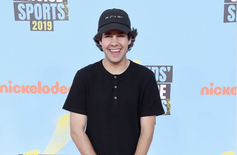 David Dobrik to Join Lucy Hale as 2019 Teen Choice Awards Host