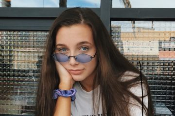 Pics: 10 Times Emma Chamberlain Wore the Coolest Sunglasses