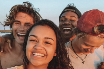 9 Things You Didn't Know About The Cast Of Netflix's 'Outer Banks'