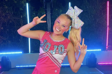 JoJo Siwa's 'Boomerang' Breaks YouTube Record With Over 900 Million Views