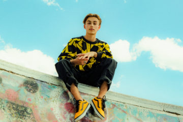 Johnny Orlando Wins Best Canadian Act At The MTV EMAs For The Second Year In A Row