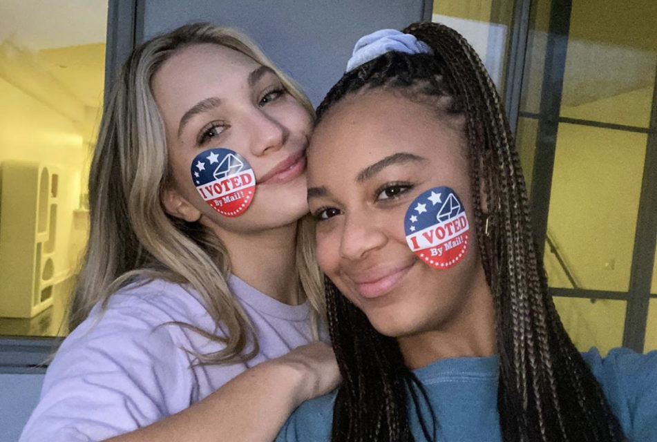 Maddie Ziegler, Nia Sioux & More Stars Proudly Show Off Their 'I Voted' Stickers