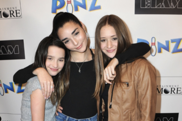 Original 'Chicken Girls' Castmates Jules LeBlanc, Indiana Massara & Riley Lewis Reunite
